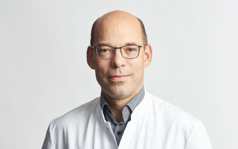 Dr. Paulus
